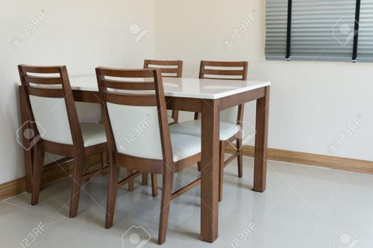 table a manger 4 personne
